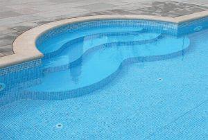 Kiváló vasbeton medence